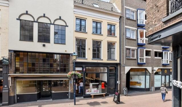 Afbeelding Bakkerstraat 67-68 te Arnhem.