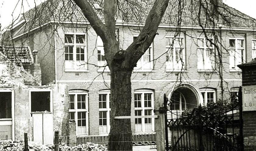 Chr. School Oudewand kort voor de afbraak.