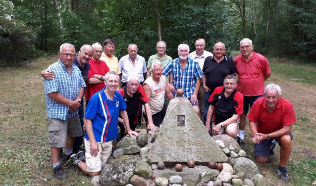 De 55-plussers vormen een vrolijke en gedreven groep op het Kolkersveld. Een keer meedoen? Dat kan. Leeftijdsgenoten zijn welkom.