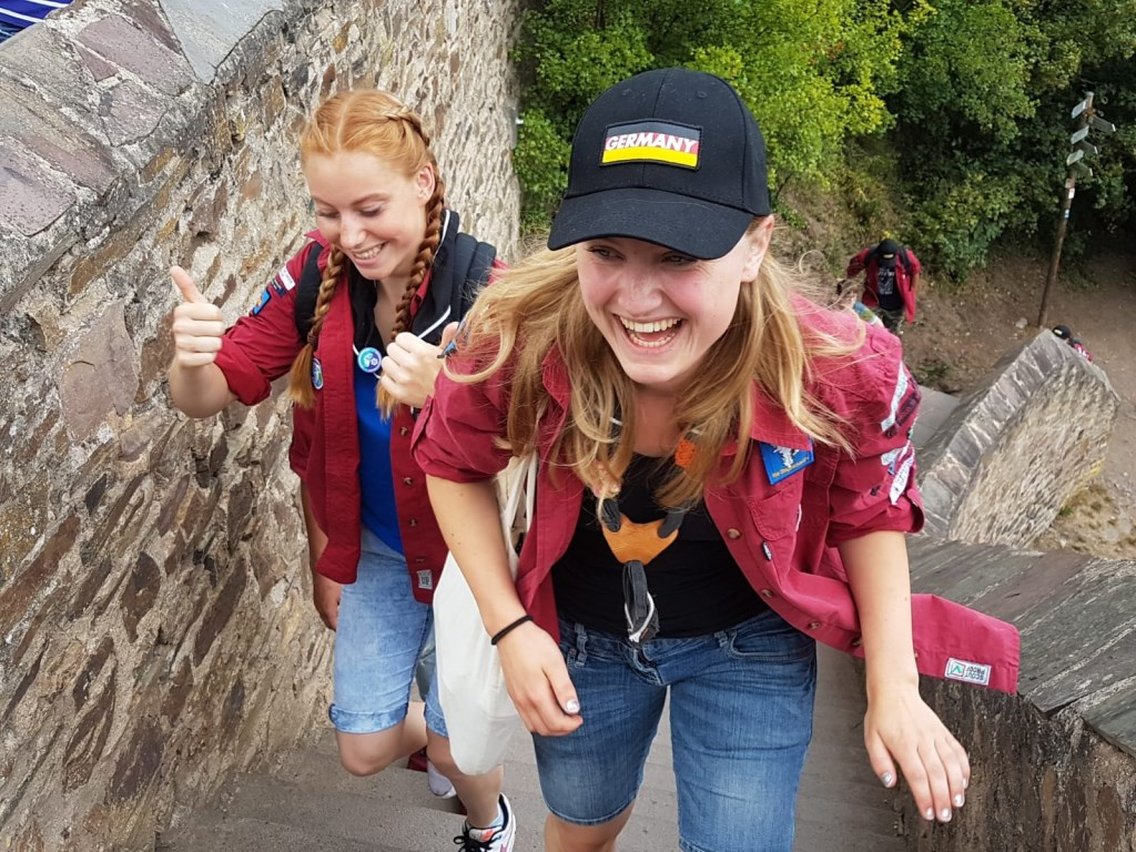 De scouts brachten ook een bezoek aan een kasteel in de buurt van Koblenz Foto: Thomas Langeweg © Persgroep