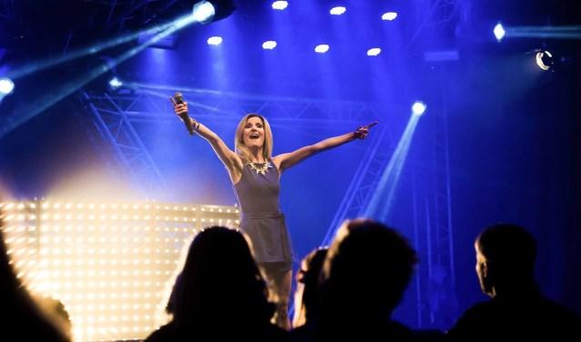 Als klap op de vuurpijl verzorgt de bekende Helene Fischer Double een spetterend optreden tijdens het Velddriels Oktoberfest.