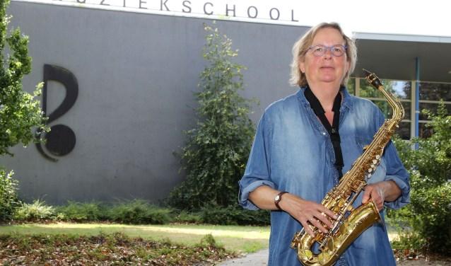"""""""Toen ik een saxofoon in mijn handen had, was ik meteen verkocht."""" FOTO: Theo van Sambeek."""