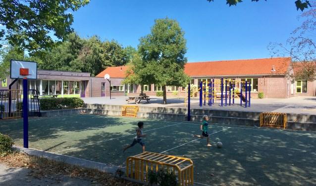 De Franciscusschool in Biezenmortel wordt vernieuwd met een dorpshuis en gymzaal. De Vorselaer wordt gesloopt.