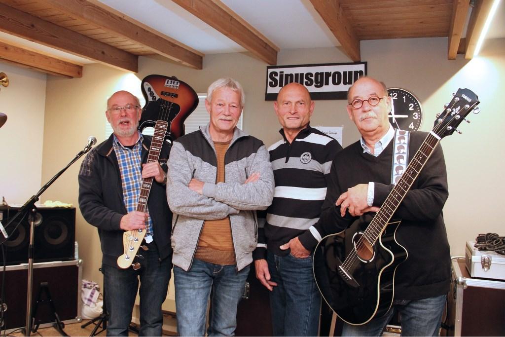 De Sinusgroup met vlnr: Jan van den Boom, Frans Driessen, Joop Thuyns en Joop Schoenmakers.