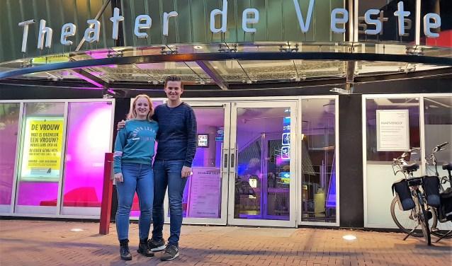 Demi en Quinten zijn het eerste jongerenduo wat met hun filmpjes een theater promoot. Foto: Robbert Roos
