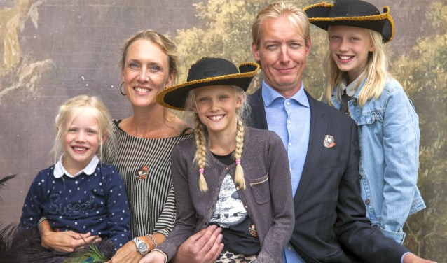Ga met de hele familie op de foto tijdens de famililedag in Rijksmuseum Twenthe.