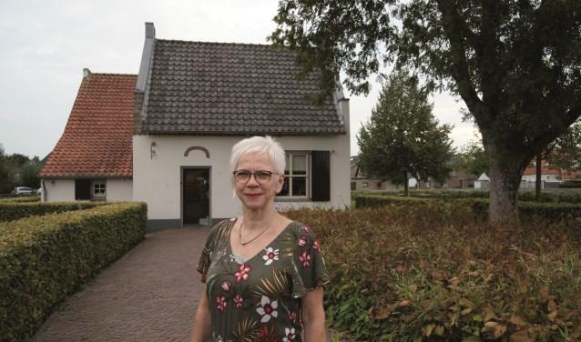 """Voorzitter Marijke Peeters van Stichting Kunstwerk Westervoort: """"We zetten mooie kunstexposities neer."""""""