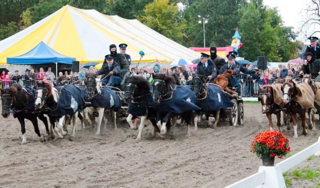 De Ponymarkt begint dit jaar al op vrijdagavond met een kinderplaybackshow. Op zaterdag zijn er allerlei activiteiten voor het hele gezin.