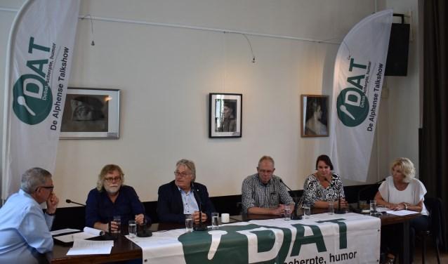 'Heeft kunst en cultuur een toekomst in Alphen aan denRijn?' was het thema van het eerste debat van het nieuwe seizoen van De Alphense Talkshow.