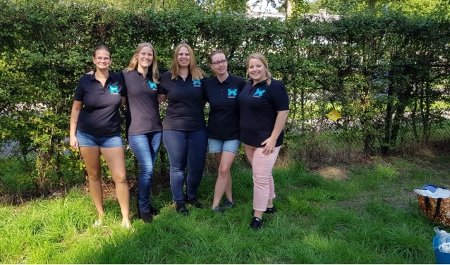 O'Mama's team: Chantal, Alma, Lorraine, Carolien en Suzanne