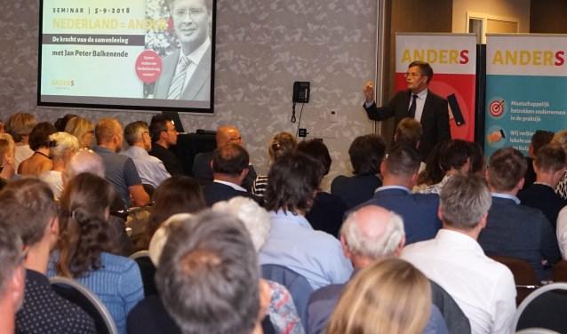 Aanwezigen en spreker Jan Peter Balkenende