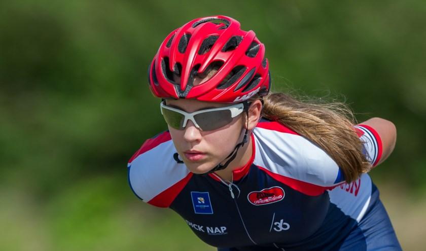 Jasmijn Hiddink won brons bij haar debuut op de marathon. (Foto: Jelle van Beek)
