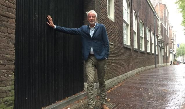 """Teun van Staveren: """"De ingang van het museum moet naar de voorgevel aan de Oude Delft. De deur en de brievenbus zitten er al."""""""