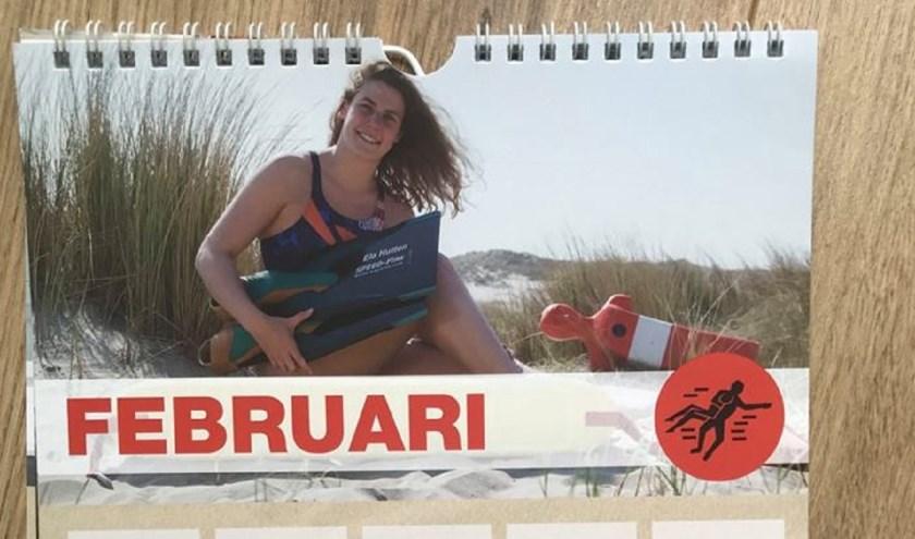 Lifesaver Ela Hutten op verjaardagskalender voor sponsorgeld WK. (foto: Vinnie de Laat / Cllick United)