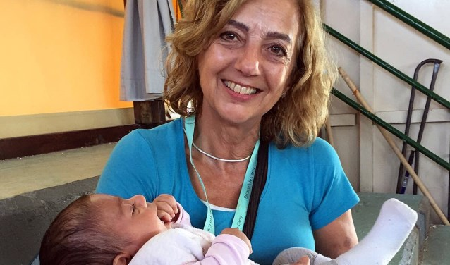 Vanaf 29 september gaat Marga Vermeulen uit Prinsenbeek voor de derde keer via de Nederlandse stichting Because We Carry helpen op Lesbos.
