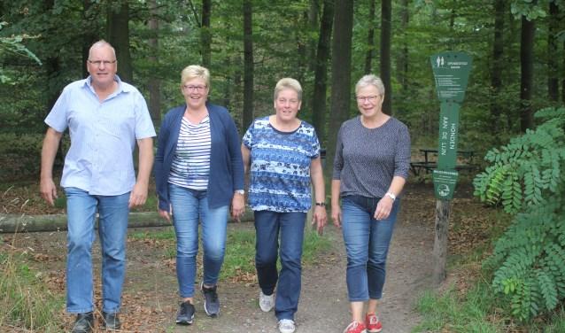 De organisatoren, van links naar rechts: Henk Slagman, Henny Scholten, Toosje Onis en Toos Nijkamp. Foto: Arjen Dieperink.