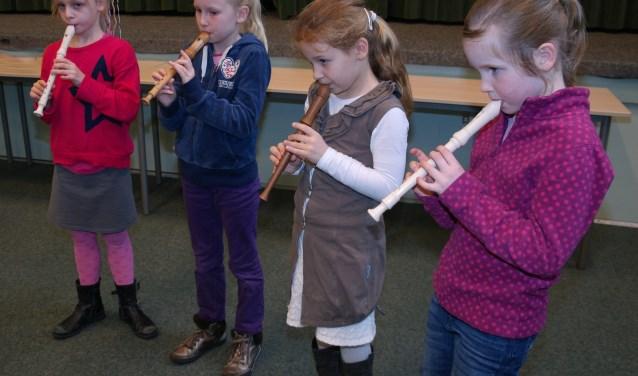 Kinderen kunnen weer blokfluitles volgen bij Harmonievereniging Barendrecht (Foto: PR)
