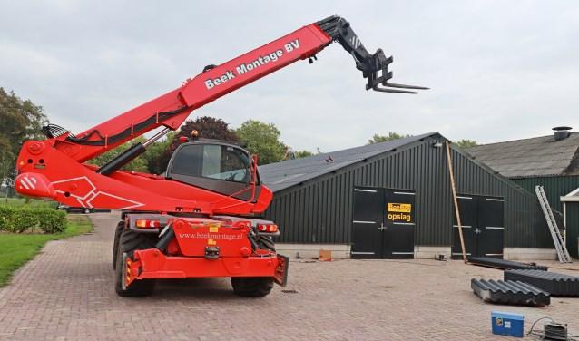 Boeldag schuurverkoop vanonder een nieuw dak