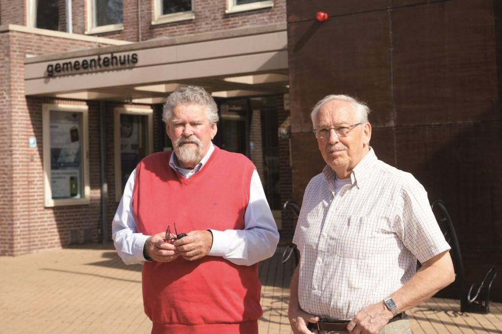 "Ronald Tolhuis (links) en Ad Bleumink: ""Dit is dé kans om op een informele manier met volksvertegenwoordigers in gesprek te gaan."""