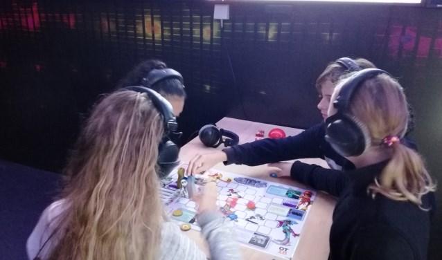 Leerlingen aan de slag tijdens de techniekexperience