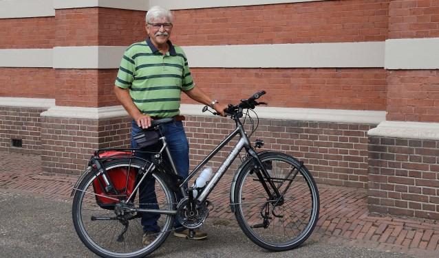 Jan van Westerneng (67) fietste van de Utrechtse Heuvelrug naar Santiago de Compostella en terug. FOTO: Hanny van Eerden