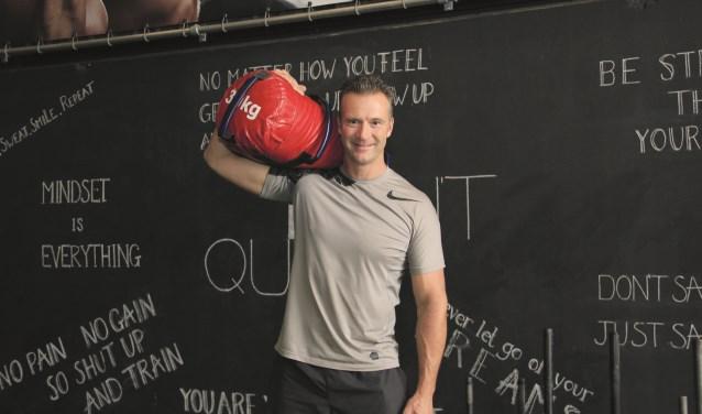 """Josko Koelemeijer: """"Wij laten zien dat je niet heel veel apparatuur nodig hebt om goed te kunnen trainen."""""""
