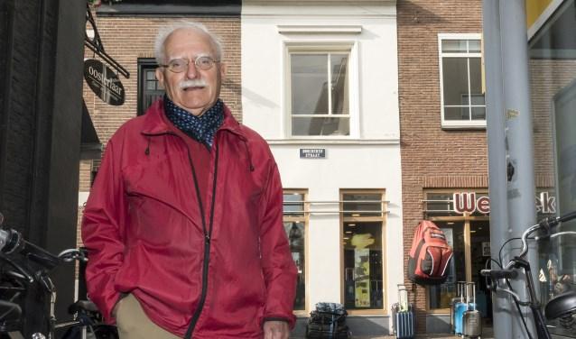 """Hans van Beeck: ,,Ouders met al twee kleine kinderen namen er soms drie Joden bij. Dat is toch zeer heldhaftig?"""" (foto: Auke Pluim)"""