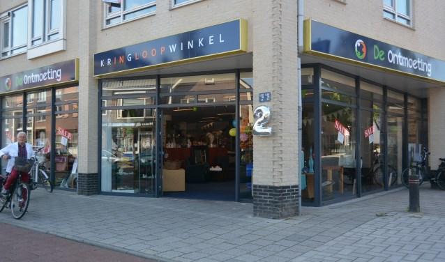 Kringloopwinkel de Ontmoeting is twee jaar geleden opgezet door leden van de Adventkerk in Veenendaal. (Foto: Pieter Vane)