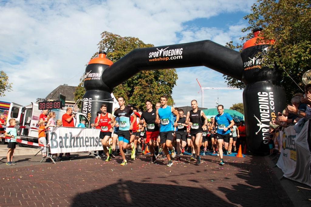 Start van de Rene Vos 10 km  Foto: Harm Dijkman © Persgroep