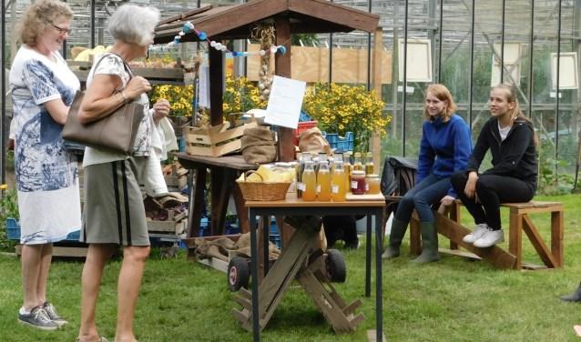 De open dag bij Zorgboerderij Beversoord, nabij Strijensas trok veel bezoekers. (Foto: Arie Pieters)