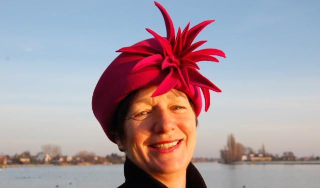Erna Wouters is genomineerd als één van de 13 hoedenmakers die meedoen aan de hoedenwedstrijd voor Prinsjesdag (Foto: archief)