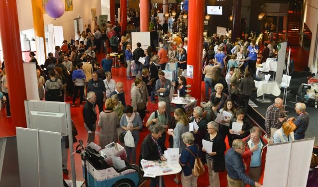 Dinsdag 25 september wordt in 't Chassé Theater weer deVrijwilligersmarkt Breda gehouden, waar je 90 vrijwilligersorganisaties kunt ontmoeten.