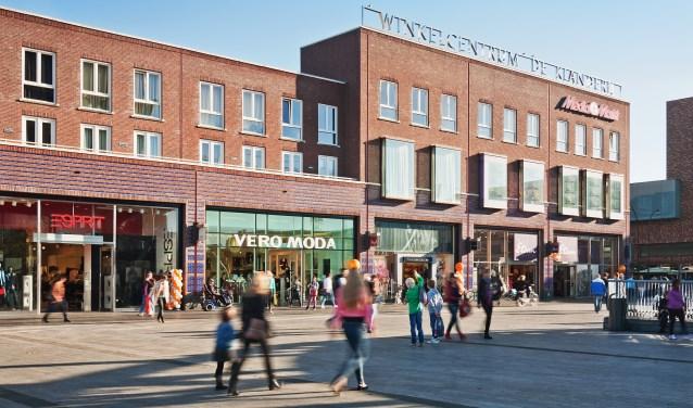 Vanaf medio oktober zijn de winkels in Enschede elke zondagmiddag open als het aan het college van B en W ligt. Foto: LAURENS KUIPERS FOTOGRAFIE