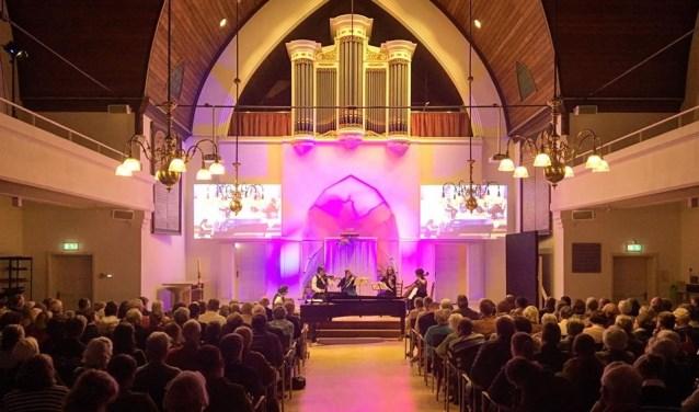De uitvoering vond plaats in de Grote Kerk in Driebergen. FOTO: Willem den Boer