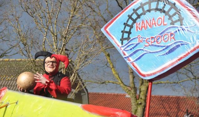Buurtvereniging Kanaol en Spoor is ontstaan vanuit het Waspikse carnaval. Nog elk jaar doet de vereniging mee, vaak met succes!