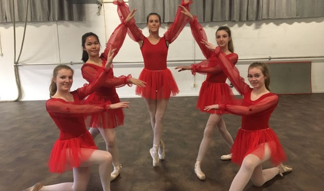 Bij balletstudio Jennifer Willems zijn er lessen voor diverse leeftijdsgroepen.