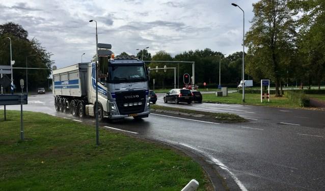 De kruising op rijksweg N65 bij Helvoirt wordt waarschijnlijk een ongelijkvloerse kruising, derhalve met een tunnelbak.