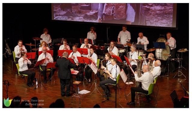 Muziekvereniging Concordia uit Loon op Zand is met spoed op zoek naar nieuwe, enthousiaste leden. De repetitiez zijn op dinsdagavond in jongerencentrum De Kuip aan de Klokkenlaan 42 in Loon op Zand.