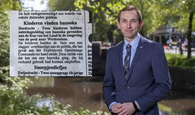 Wouter van den Berg en het knipsel uit De Stem van Dordt van 14 februari 1996. (foto: privébezit)