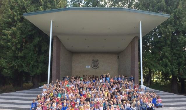 De Stichting Vrienden van de Beatrixschool vierde het 10-jarig jubileum.