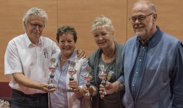 Met 168 punten wonnen Manda en Eem Kaptein, Marion van de Kerkhof en Jan Stout de vierde 'Quiz 't wel'.