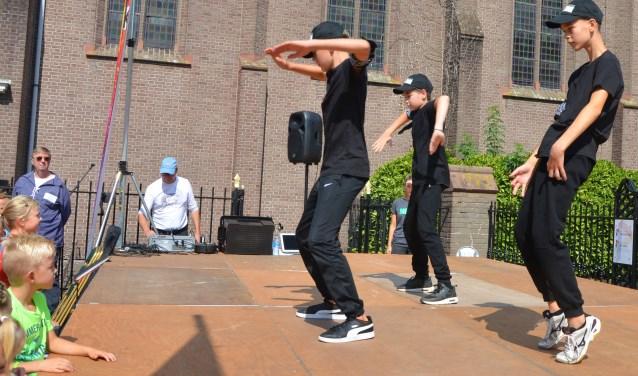 De Boys van MBition laten zien wat je met een getraind lichaam én ritmegevoel kunt bereiken. Hier zijn sport en cultuur verenigd.