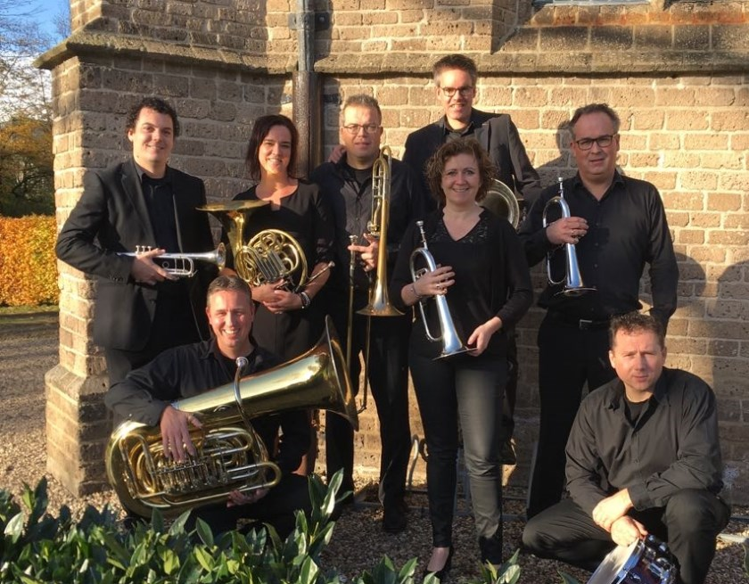 Ensemble Westfort Brass. V.l.n.r.: Erik ten Broeke, René Bosveld, Esther Gerretzen, Ronny Arends, Ronnie Gerretzen, Anne-marie Witjes, Derkjan de Keijzer en Edwin van Essen.