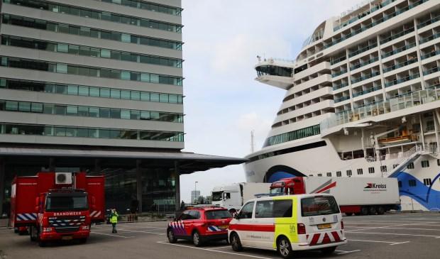 05657ad5e61 schort voor draaien klei NORO-besmetting op Aida Perla dwingt opvarenden in  quarantaine