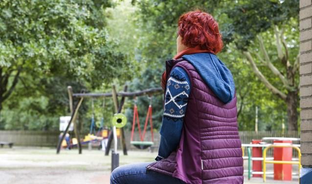 Bij eenzaamheid voelen mensen een gemis aan verbondenheid met anderen. FOTO: Jurgen van Hoof.