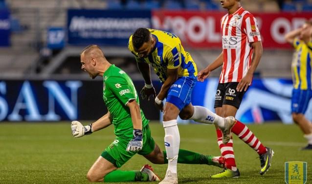 Sparta-doelman Roy Kortsmit groeide in het Mandemakers Stadion uit tot de man van de wedstrijd. Hij hield zijn doel schoon en trok de 0-1 overwinning over de streep. Foto: Alexander de Pefffer
