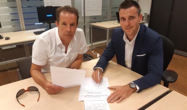 Frans neemt samen met accountmanager Sander de vacatures door.