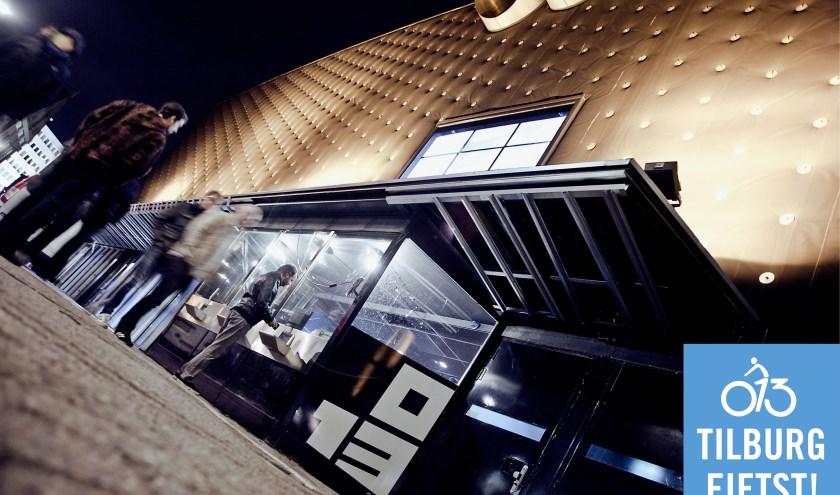 013 Poppodium is de meest markante speler in het Veemarktkwartier. Het is het grootste poppodium van Nederland.
