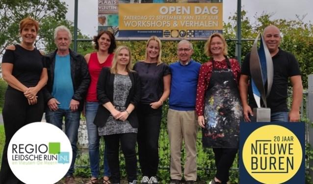 V.l.n.r.: Gerda Glerum,Lolke van der Bij , Rosanne van Alphen, Diana Unk, Anoek Roodenburg, Louis van Gaal, Marianne van Dedem-Henstra.