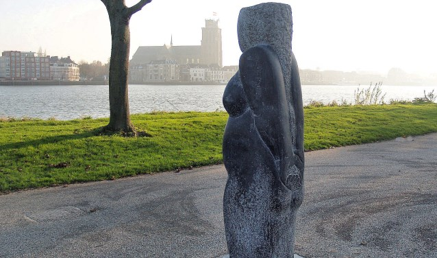 'Venus' is te vinden aan het Maaspad.
